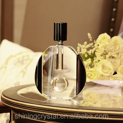 luxurious perfume glass bottle for decoration