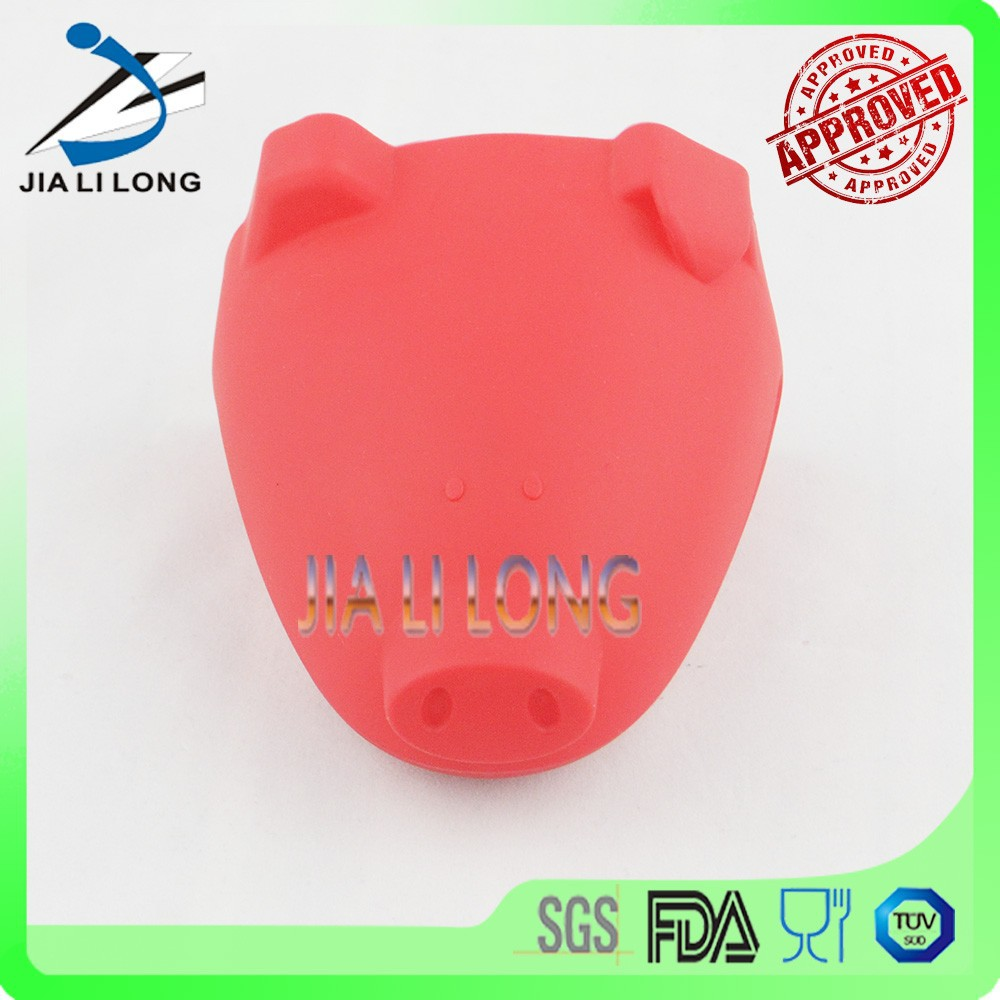 Red pig shaped silicone finger tip