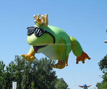 2017 Customized New Products Giant Inflatable Frog Prince for Parade