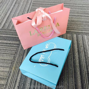 China factory custom high quality paper bags with logo gold or sliver stamping