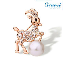 popular style little sheep fashion brooch
