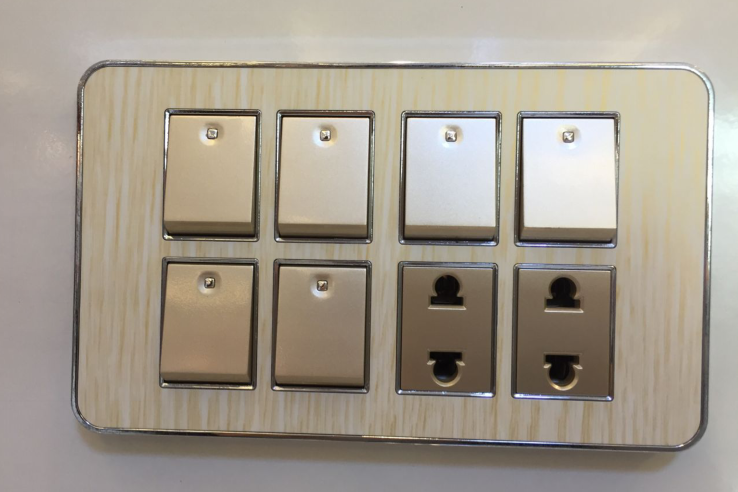 Aluminium Type Modern Electrical Switch Socket