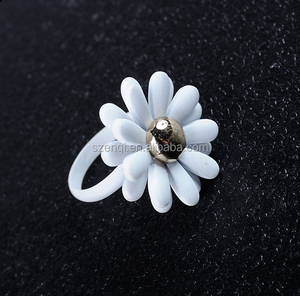 Plastic white flower ring fresh girlish jewelry