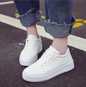 Newest Women Navy White Breathable Anti-slip Flat Fancy Ladies Women Soft Leather Casual Shoes