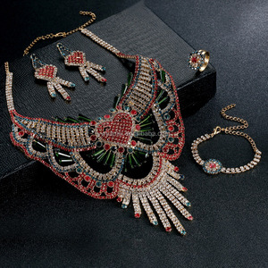 Fashion Luxury Golden Middle East Arabic Wedding Red Crystal Kundan Necklace Earring Set Women