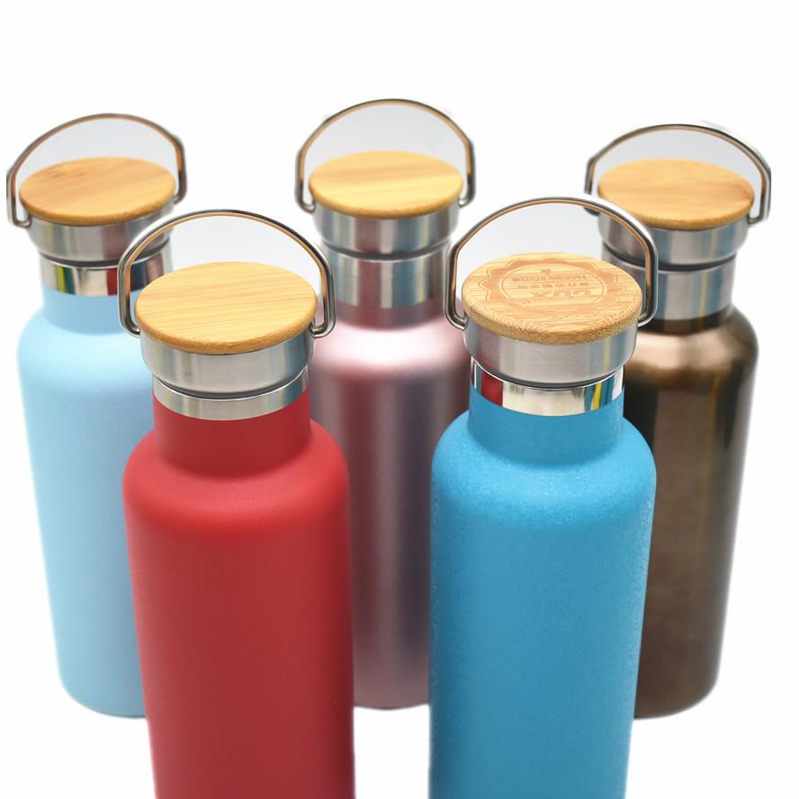Doppia parete in acciaio inox 17oz 500ml di vuoto isolato potabile bottiglia con coperchio di bambù