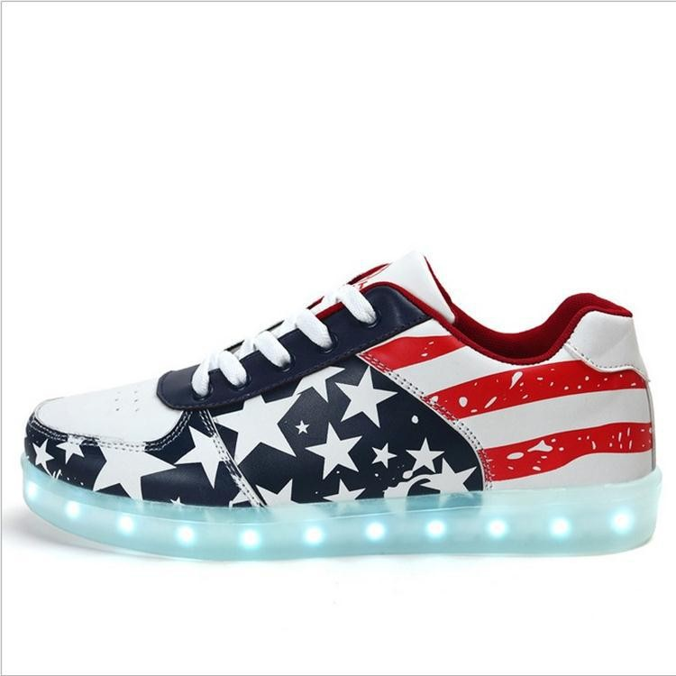 New model <strong>flat</strong> sole cool sneaker, American flag Simulation Flashing Light Shoes, Men's Led Shoes