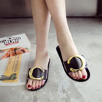 China Manufacturer Girls Flat Slippers