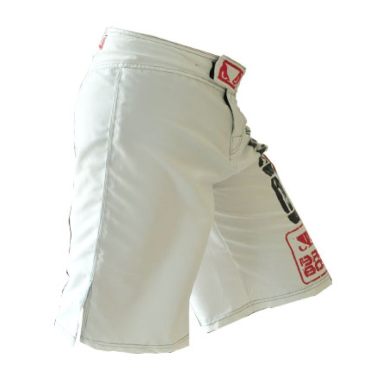 The spring of 2015 MMA muay Thai boxing shorts black white Loose sweat quick-drying training shorts Global free shipping