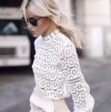 wit bloesje met kant
