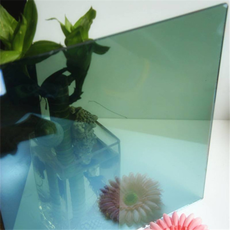 Smooth and flat surface best price tinted tempered glass