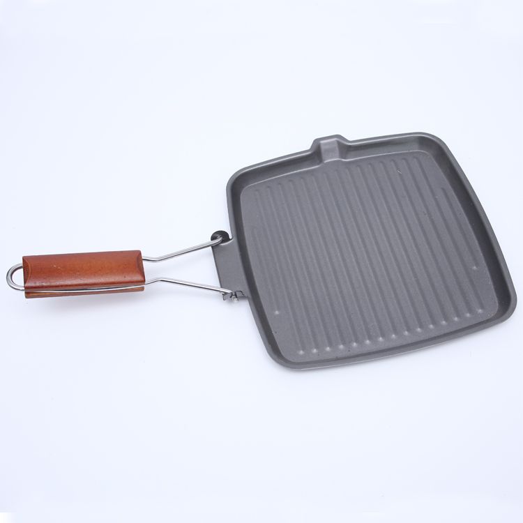 Black Color Wood Handle Square Breakfast Frying Pan