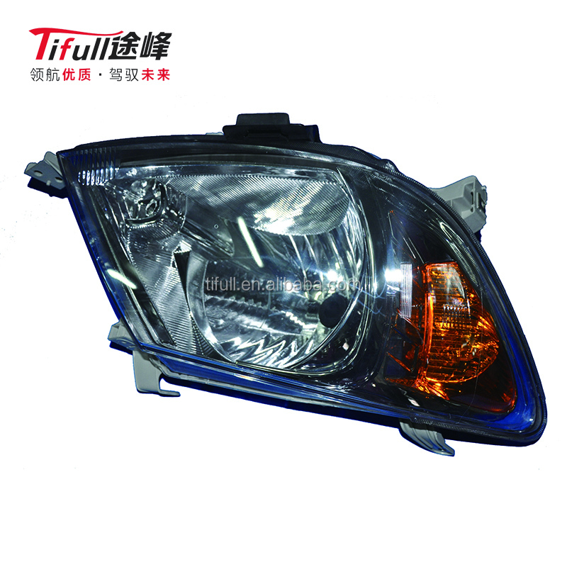 For Toyota Fortuner Tgn51 2Trfe 2005-2011 Head Lamp 81110-0K110 Auto Parts