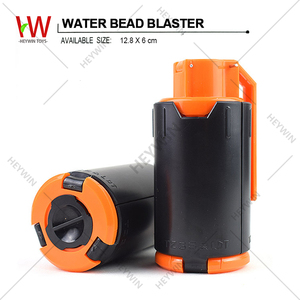 Pretend Play Toys Plastic Toys ECO Material Reloading Water Bead Blaster Children Toys CS Games (HM39R)