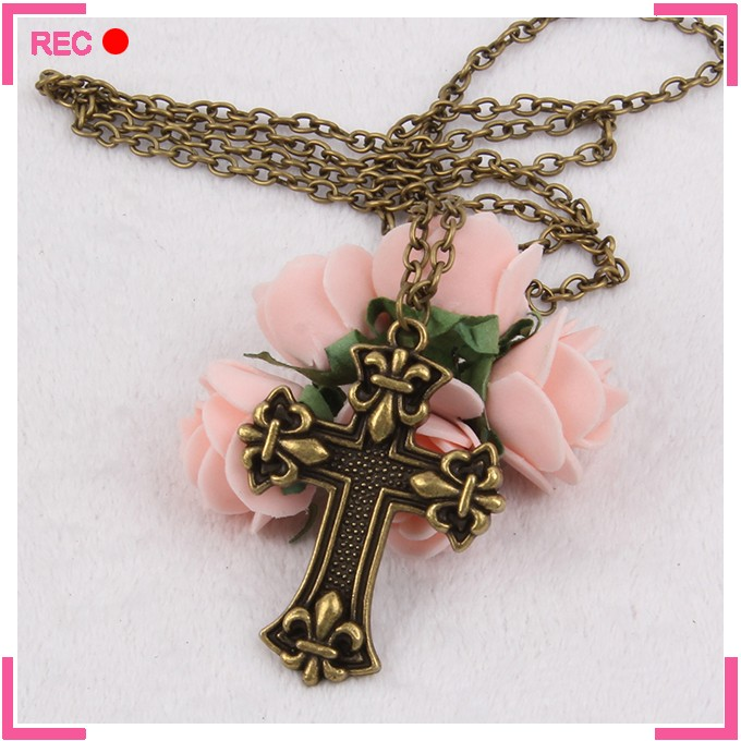 Meaningful pendant necklace antique copper, religious cross necklace