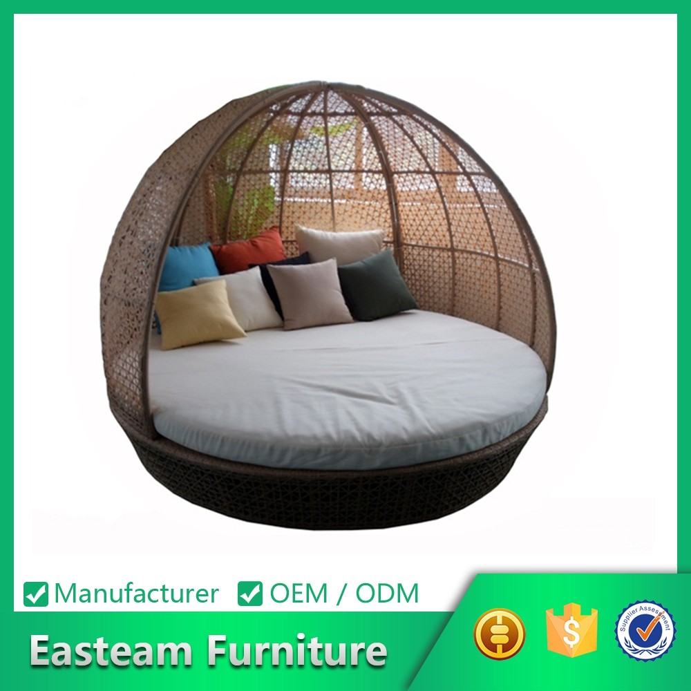 Rattan Round Outdoor Lounge Bed With Canopy, Rattan Round Outdoor Lounge Bed  With Canopy Suppliers And Manufacturers At Alibaba.com