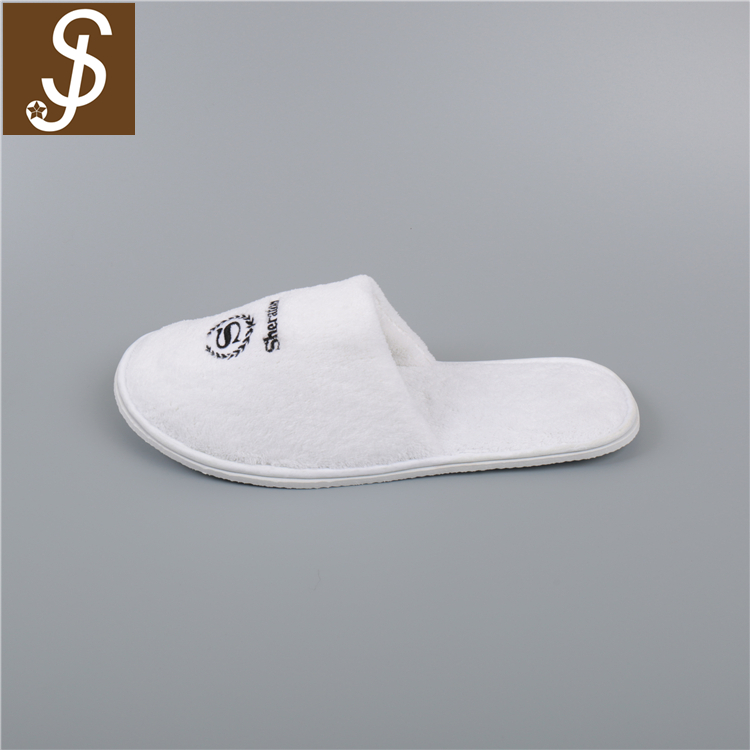 Yangzhou Factory Hotel Use White Cotton Terry Custom Logo Cheap Wholesale Slippers