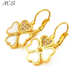 Latest Simple Clip-on Earring Design Fancy Rhinestone Gold Cute Clip On Ear Ring Earring Back For Cute Girl