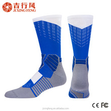 wholesale custom cotton men basketball socks