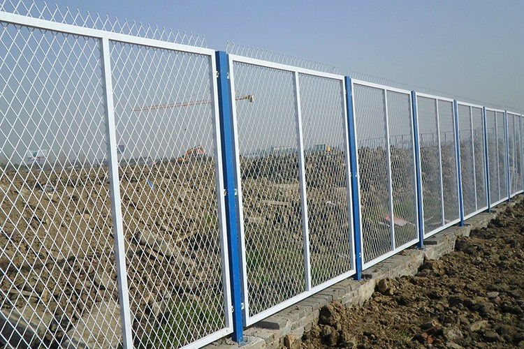 cheap pvc coated welded metal garden fence panel iron wire. Black Bedroom Furniture Sets. Home Design Ideas