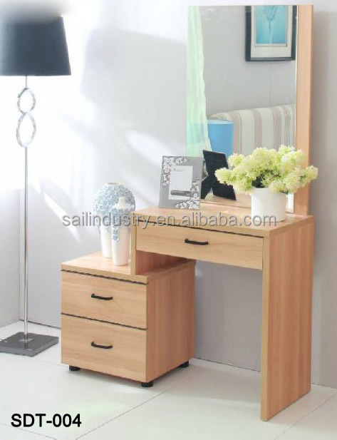 Modern Classic Dressing Table Designs For Bedroom
