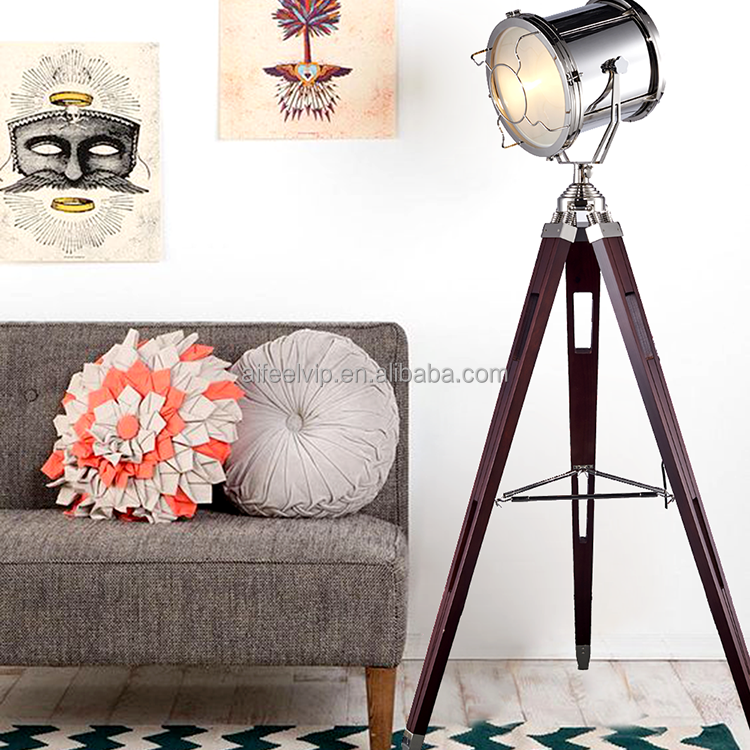Hot sales standing giant vintage industrial retro decorative antique wooden tripod floor lamp