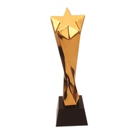 2018 Brilliant Award Design Golden Star Resin Trophy For Sports Events