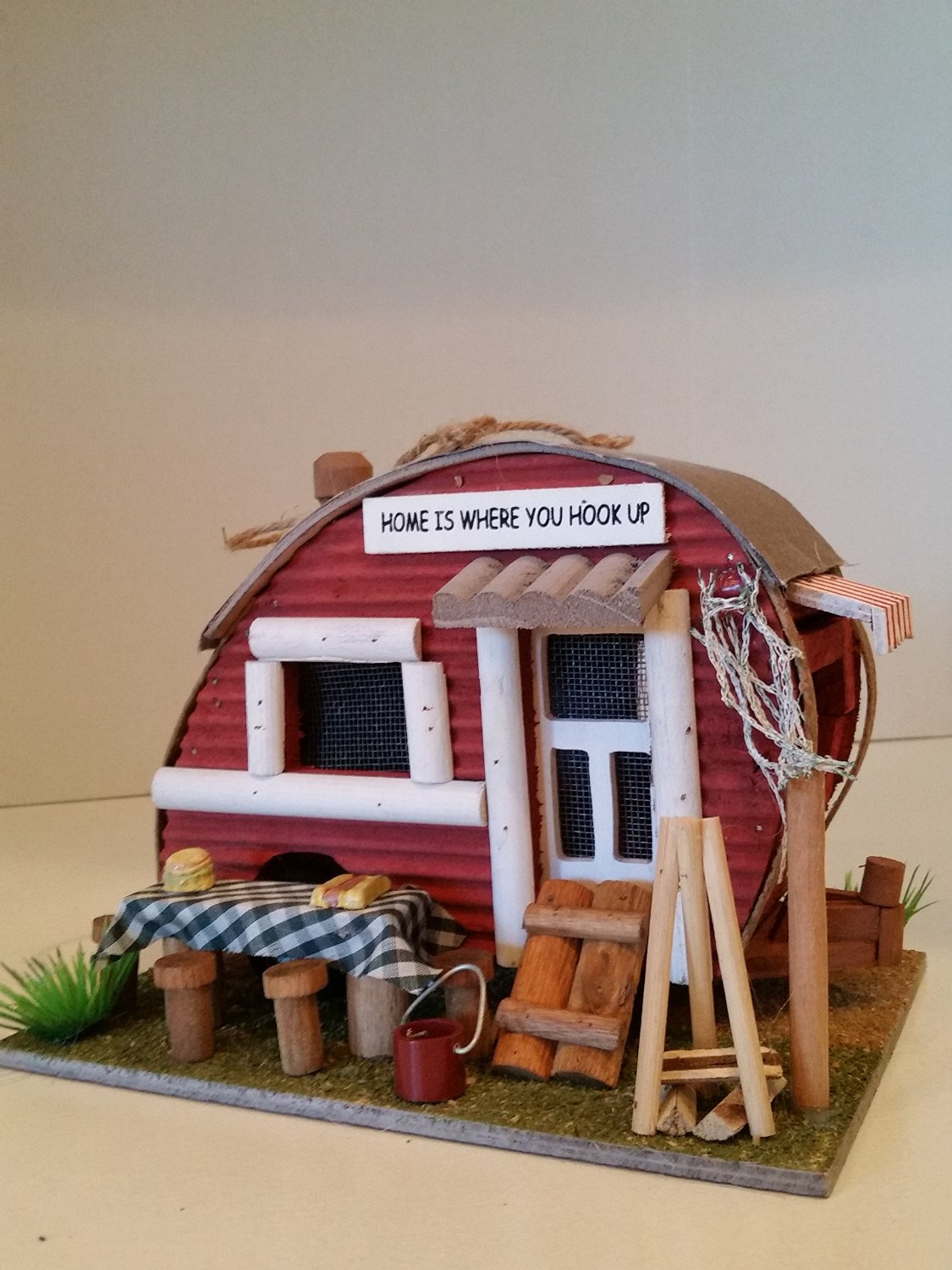 Backyard Camper Birdhouse has the look of a Backyard Camper! Create a comfy home with this cozy wood Birdhouse.