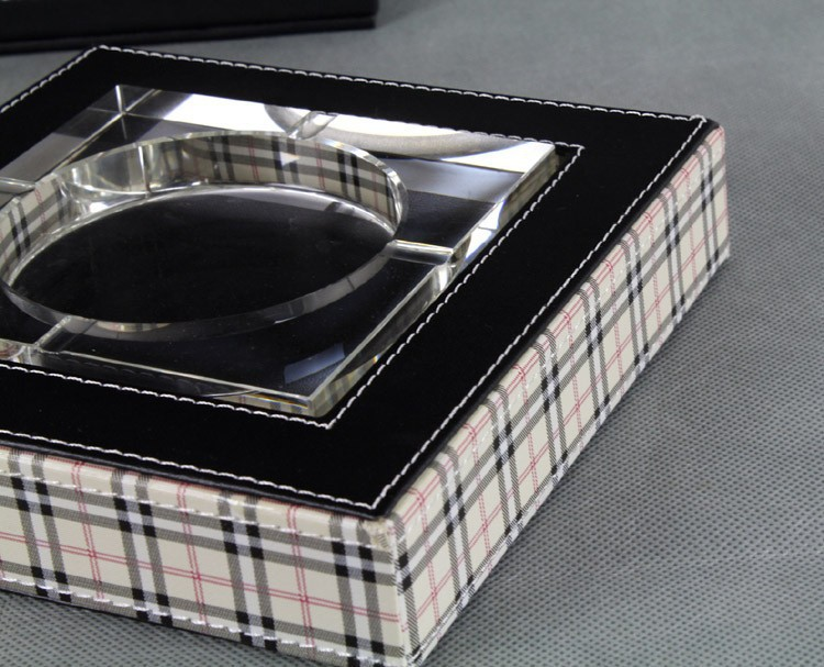 The ashtray / leather / leather leather ashtray ashtray ashtray ashtray / leather /PU
