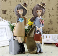 Shopping Lady Resin Wedding Stage Decoration