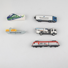 Transporte personalizado grátis 2d train car truck shape usb flash drive