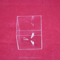 OEM Transparent Acrylic Golf Ball Display Stand, Sports Display Stand