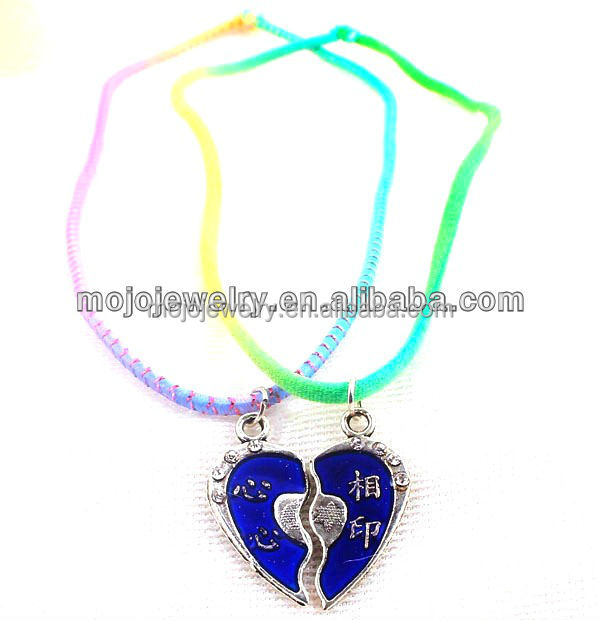 Elegant Cheap But Meaningful Pendant Necklace for Young Couples