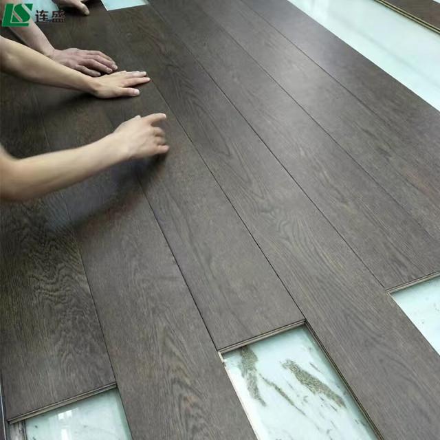 Rolschaatsen 8mm laminaat hdf houten vloeren naar Sri Lanka