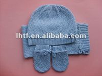2015 fashion knitted baby scarf hat and glove set