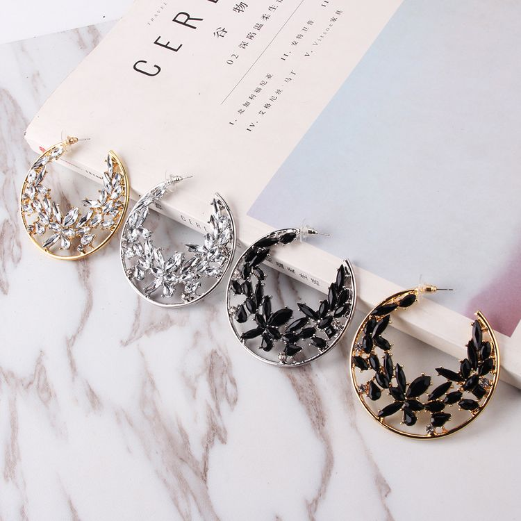 2019 New Fashion Statement Luxury Crystal Rhinestone Ice Flower Big C Shape Hoop Earrings for Women