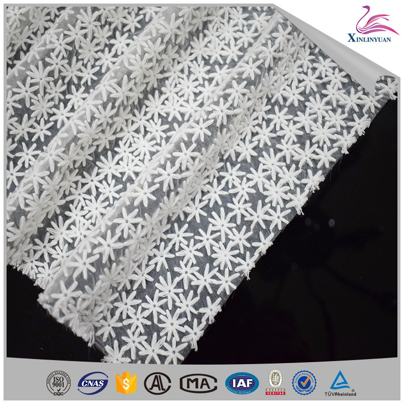 2019 Customized white 100 cotton lace fabric
