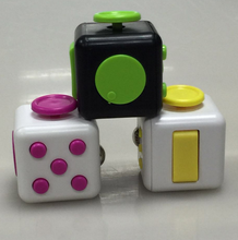 Fidget Dice Toy 6 Sides Release Stress Anxiety and Relax for Children and Adults Cube