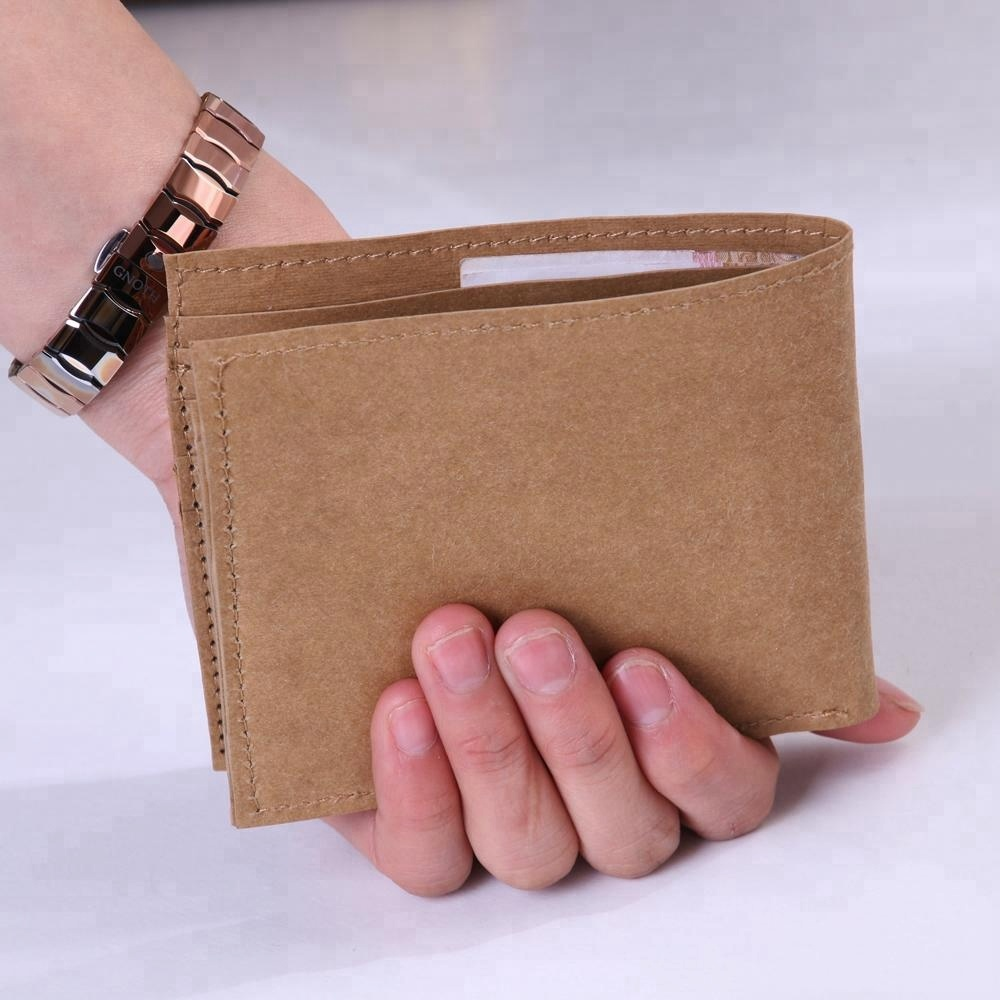 2018 High Quality special recycle can washable kraft paper card holder wallet bag for men gift