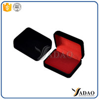 Wholesale and OEM multi size high quality customized logo velvet plastic jewelry packing boxes