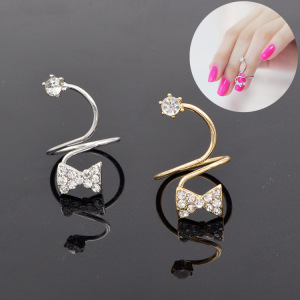 Wholesale Yiwu fashion bow diamond ring joint ring spring adjustable finger nail jewelry