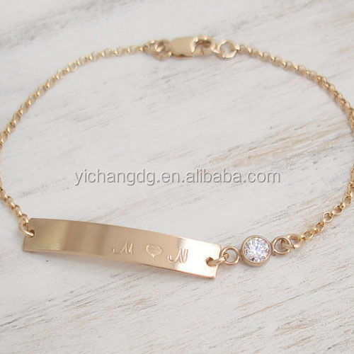 Nameplate Gold Bar Bracelet 14k