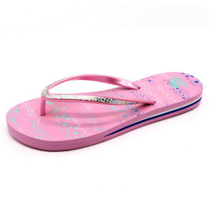 6ea3b7e36351 Comfortable Pink Fuzzy Slippers
