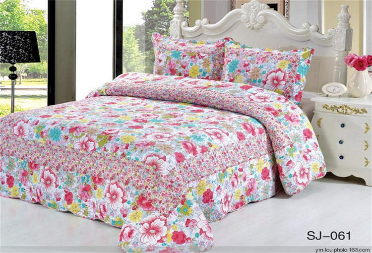 Bed sheets designs pakistani the image for Bed sheet design images