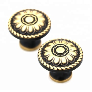 LILONG Best quality furniture kitchen cupboard brass handles and knob
