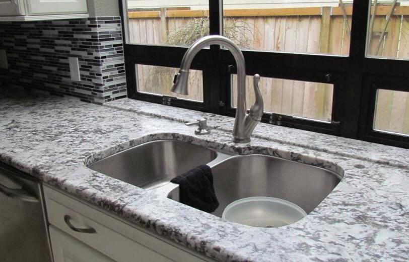 Polished Natural Granite Water Wave White Granite Slab For