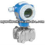 Differential pressure transmitter with metallic sensor