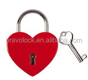 Red Silver Color Zinc alloy heart shaped Big Size love padlock heart padlock with keys 45*58mm