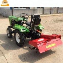 Small farm tractor / four wheel driving farming tractor