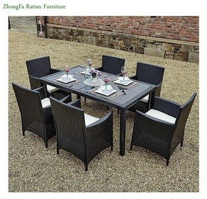 China Suppliers Restaurant Dining Table Chairs Sets Weaving with PE Rattan Material